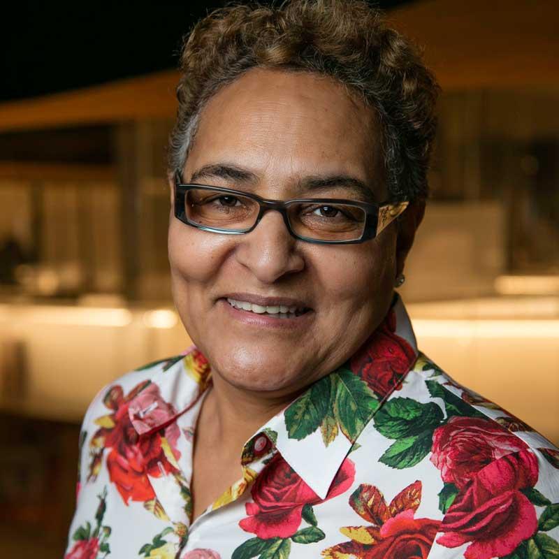 Julie Agbowu